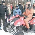 Byli i tacy, którzy wybrali jazdę po śniegu nieco nowocześniejszym sprzętem