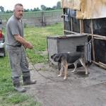 Marian Grześkowiak i jego pies Szarik