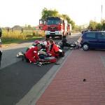 Motocyklista uderzył w samochód osobowy