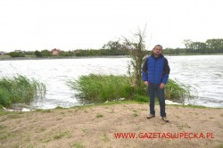 Narty wodne nad jeziorem