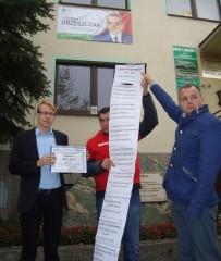 Poseł-Kwiatkowski-prezentuje-długą-listę-przewinień-obecnego-rządu