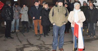 Protest przed siedzibą PiS