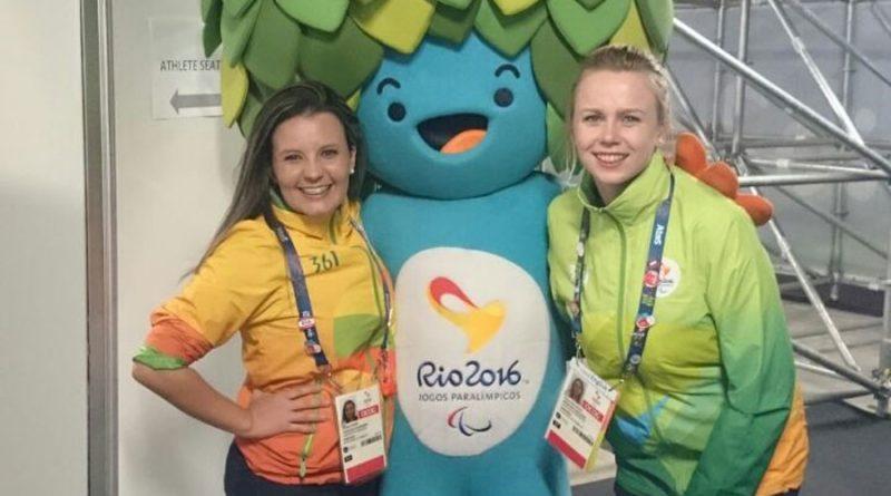 zdjecie-z-maskotka-paraolimpiady