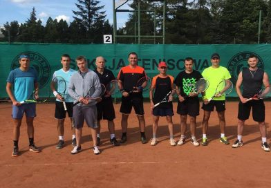 Kolejne punkty tenisistów STT