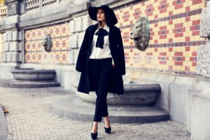 Stylowe płaszcze i trencze - 5 gotowych stylizacji